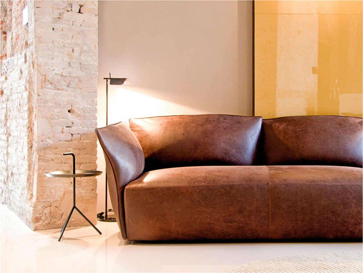 koo-international-nest-sofa-02.jpg