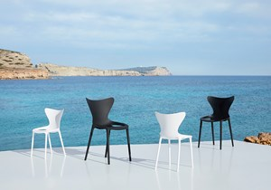Vondom-Love-Collection-by-Eugeni-Quitllet (5)-kid-furniture-hopsitality-chair-1.jpg