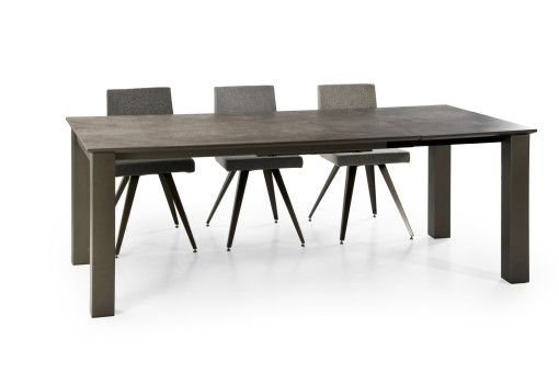 ELBA Table In Combination With The MEGAN Chairs