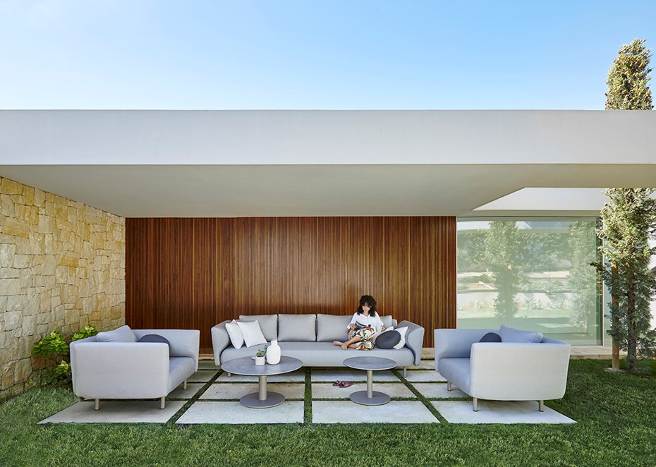musola-salinas-outdoor-lounge-collection