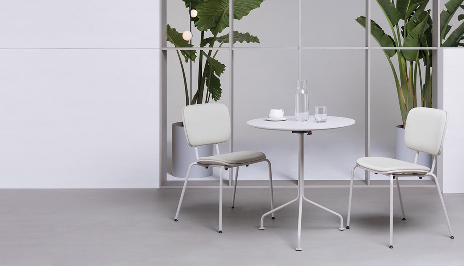 verges-abc-table-chairs