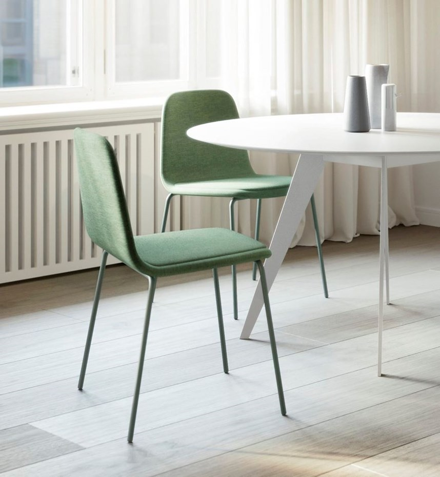 treku-bisell-chairs-aise-table