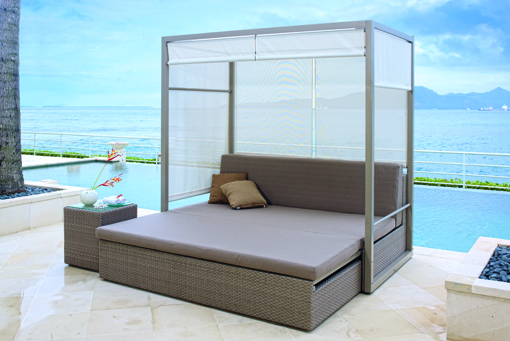 The COAST Daybed