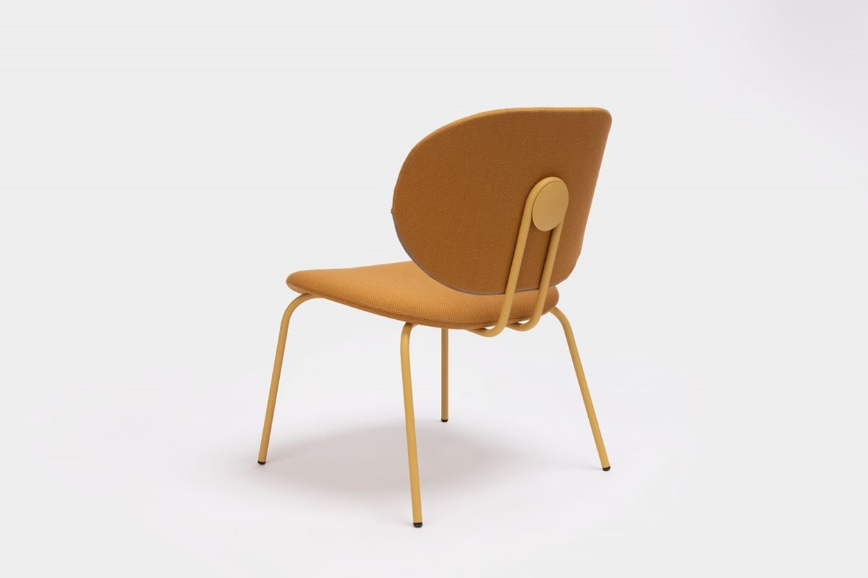 ondarreta-hari-xl-chair-01.jpg