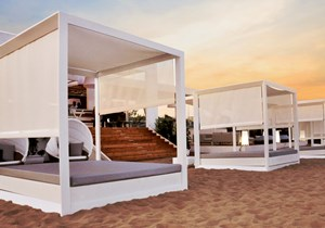 tayga_beach_club_Italy (2).jpg
