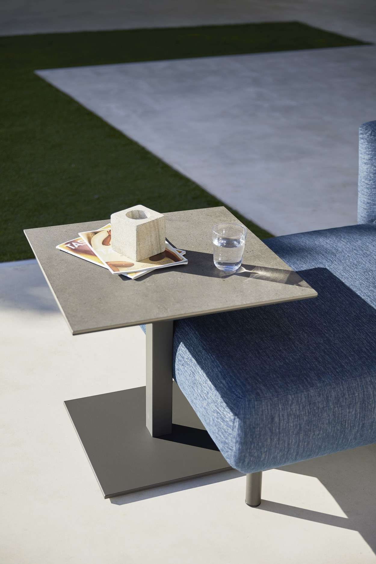Musola-ICE-Coffee-Table004.jpg
