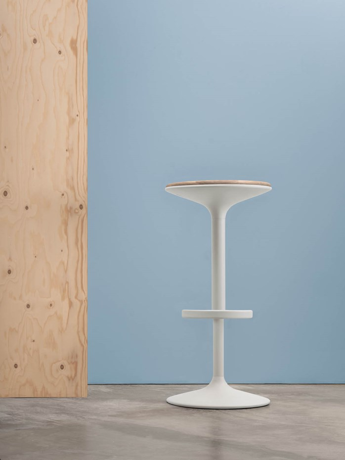 andreu-world-hula-wood-barstool