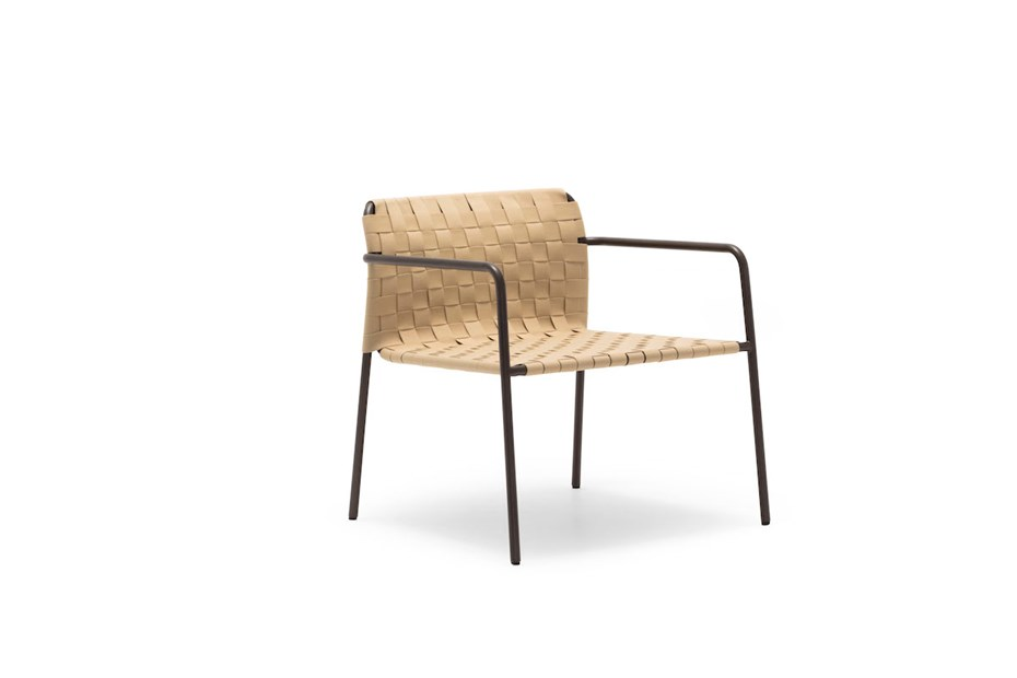 andreu-world-costa-outdoor-armchair
