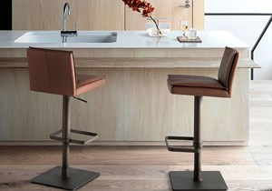 angel-cerda-new-chair-collection-4064-stool-01.jpg
