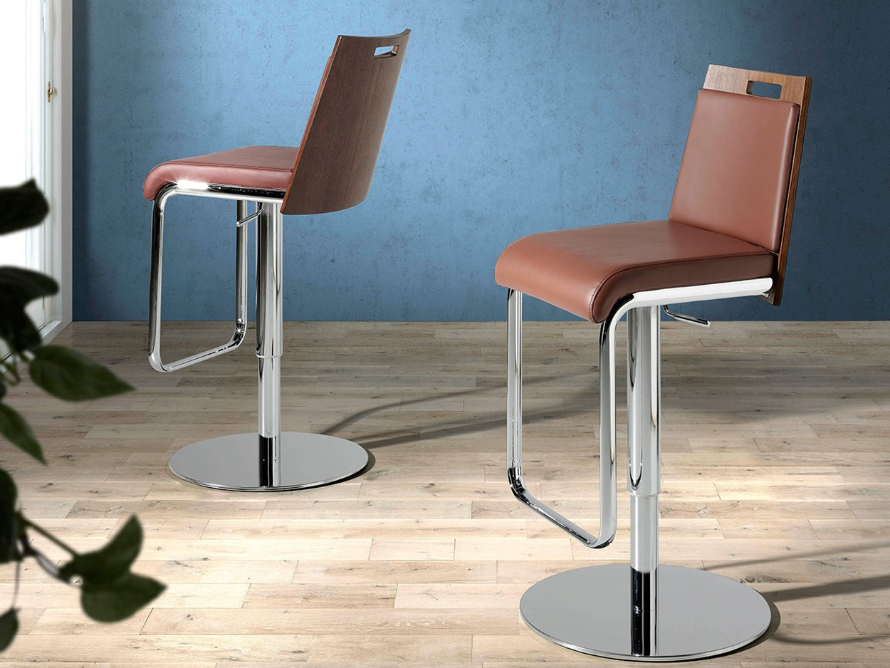 angel-cerda-new-chair-collection-4072-stool-02.jpg