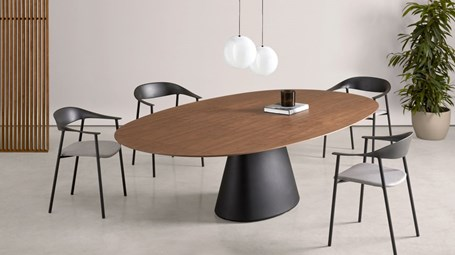inclass-essen-elliptical-table002.jpg