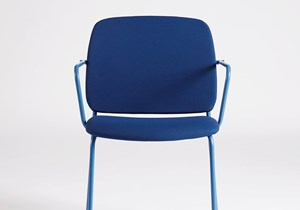 akaba_aia_chair_with_arms_004.jpg