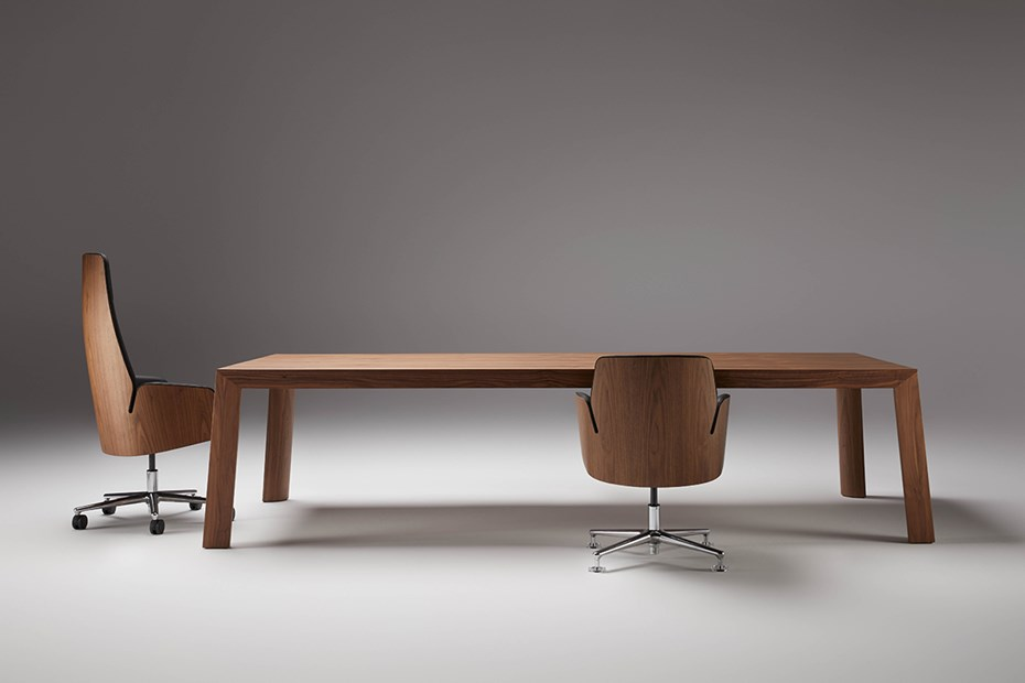 ofifran-tola-meeting-table