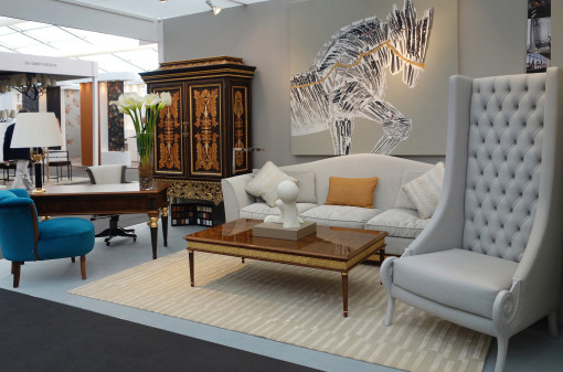 The ATHENEA collection and the ALHAMBRA cabinet in the classic haute décor section...