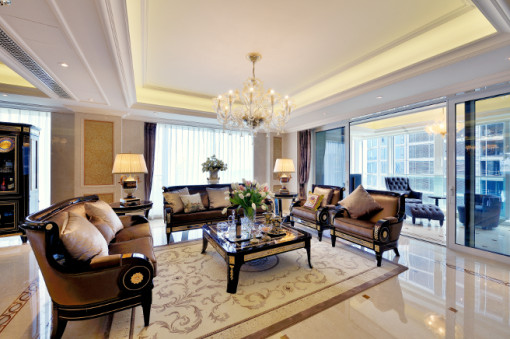 Mariner furnishes a luxury showhouse in the one for Home dec far east ltd
